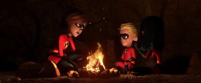 File:The Incredibles screencap 42.jpg