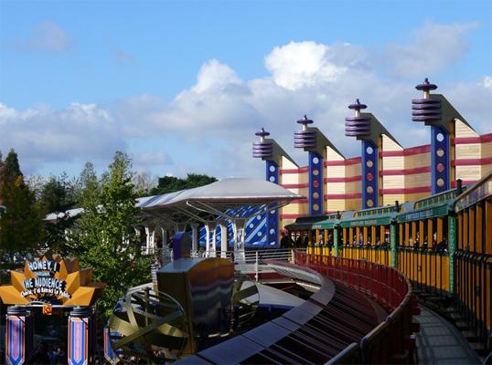 File:Disneyland Railroad Paris Discoveryland Station.jpg