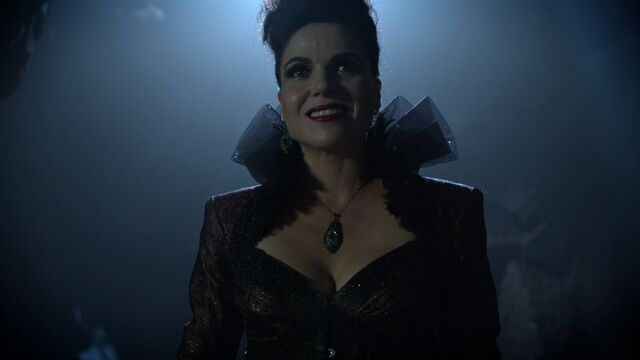 File:Once Upon a Time - 6x07 - Heartless - Evil Queen.jpg