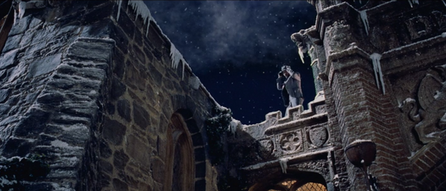 File:1996 film hell hall exterior.png