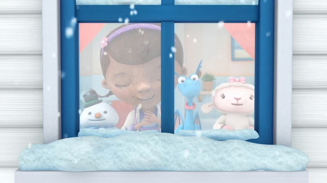 File:Doc, stuffy, lambie and chilly at the window.jpg