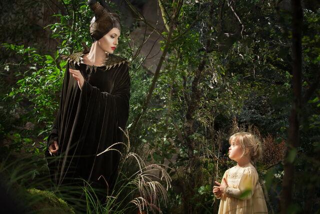 File:Maleficent-(2014)-42.jpg