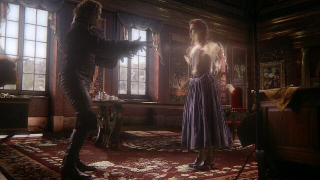 File:Once Upon a Time - 6x01 - The Savior - Belle Dress.jpg