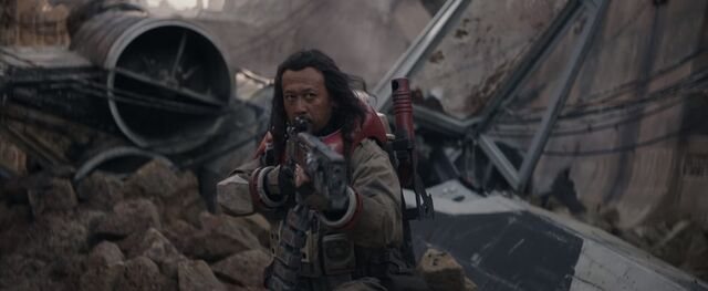 File:Rogue-one-a-star-wars-story-trailer-3-baze-malbus-with-gun.jpg