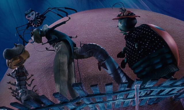 File:James-giant-peach-disneyscreencaps.com-5428.jpg