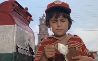 File:Paco taking cash from stolen wallets.jpg