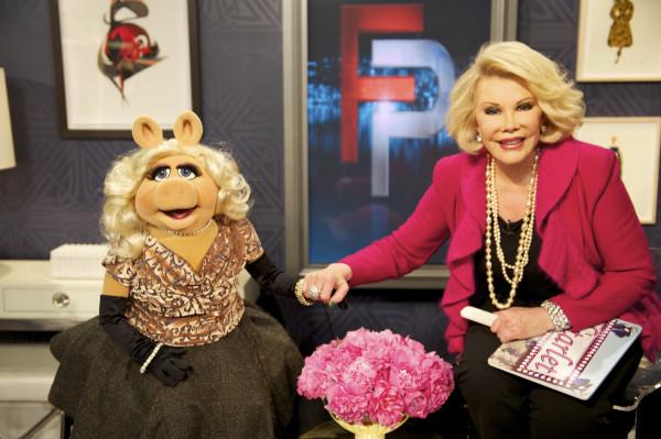 File:E!-FashionPolice-Piggy&Joan-(2012-03-30)-06.jpg