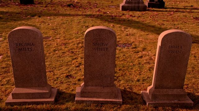File:Once Upon a Time - 5x17 - Her Handsome Hero - Graves.jpg