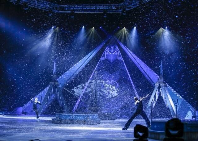 File:Disney on ice presents frozen.jpg