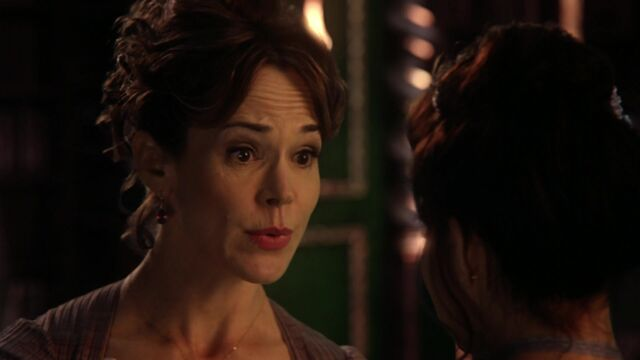 File:Once Upon a Time - 4x06 - Family Business - Colette.jpg
