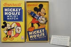 File:Mickey mouse wristwatch.jpg