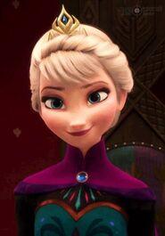 Smile-queen-elsa