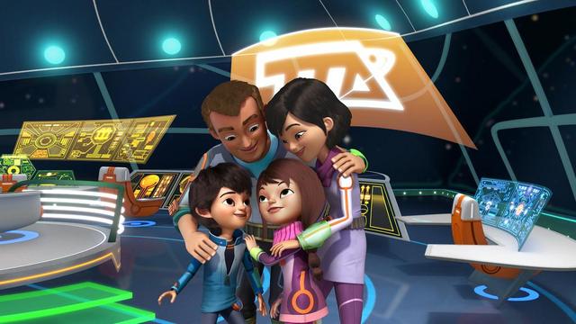 File:The Callisto family hug.png