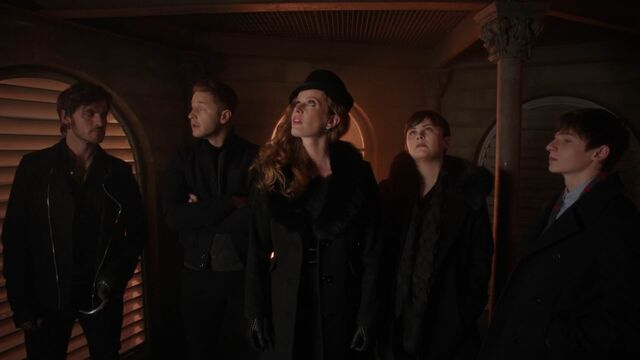 File:Once Upon a Time - 5x22 - Only You - Heroes.jpg