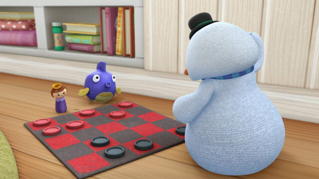 File:Chilly, sqeakers and the wicked king play checkers.jpg