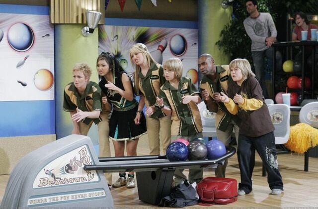 File:Bowling Zack n Cody.jpg