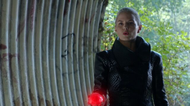 File:Once Upon a Time - 5x04 - The Broken Kingdom - Heart.jpg