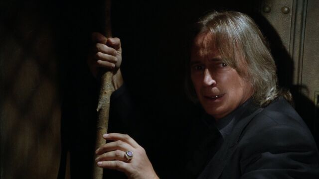 File:Once Upon a Time - 5x06 - The Bear and the Bow - Cowering Rumple.jpg