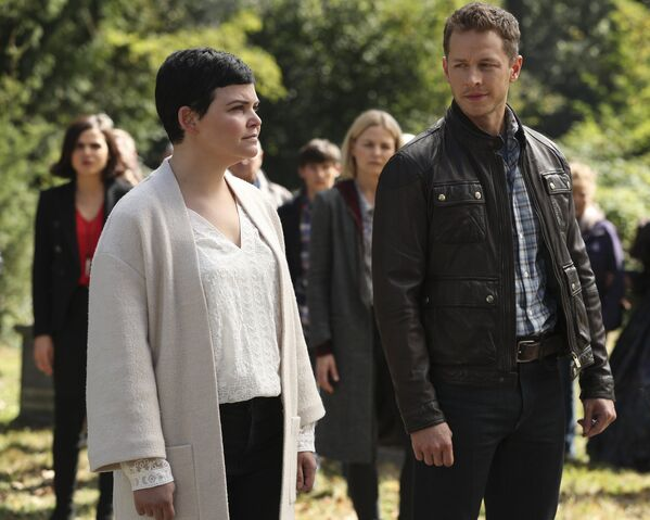 File:Once Upon a Time - 6x07 - Heartless - Photography - Snow and David 2.jpg