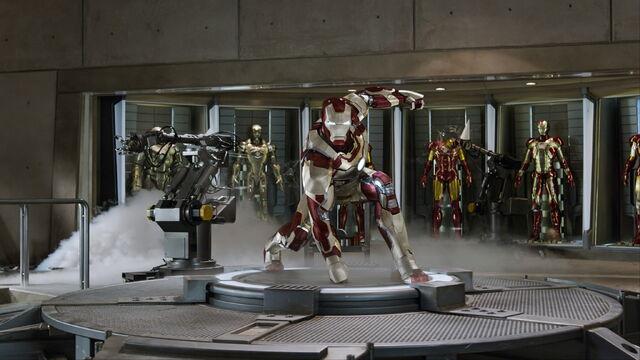 File:Iron-man3-movie-screencaps.com-807.jpg