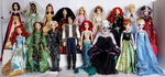 Whole bunch of disney dolls