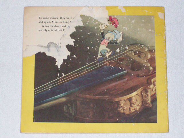 File:Walt disneys pinocchio back cover.JPG