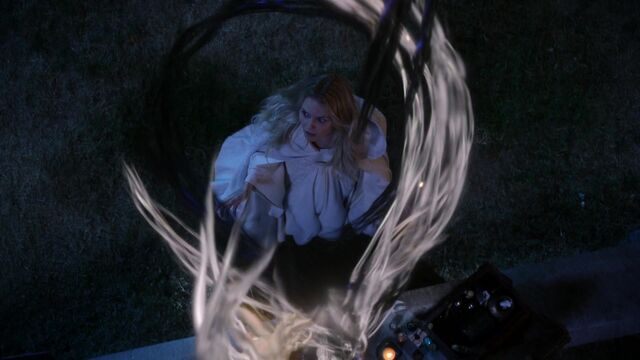 File:Once Upon a Time - 5x05 - Dreamcatcher - Dark and Light Magic.jpg