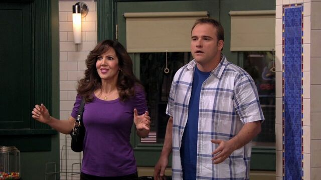 File:Wizards of Waverly Place - 3x17 - Dude Looks Like Shakira - Theresa and Jerry.jpg