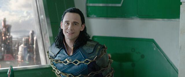 File:Thor Ragnarok 93.jpg