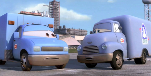 File:1000px-Moon mater support trucks.png