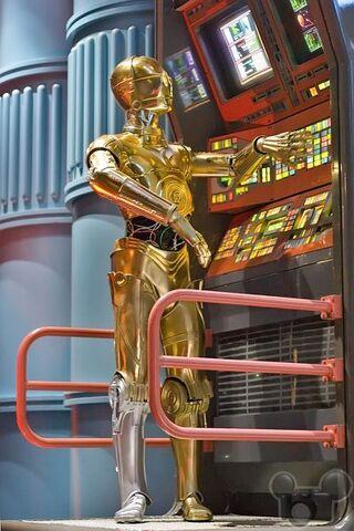 File:C3PO Star Tours2.jpg