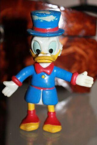 File:Scrooge McDuck toy figure.jpg