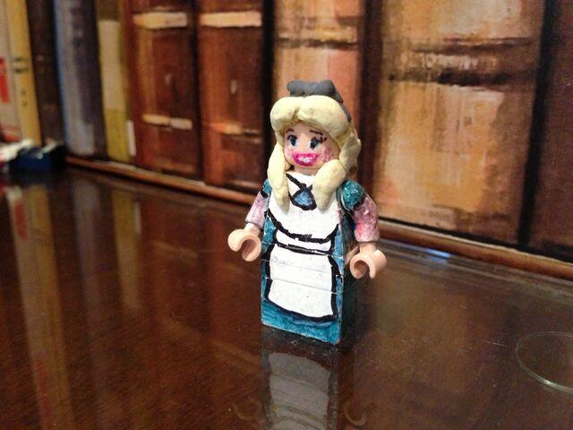 File:Lego Alice.jpeg