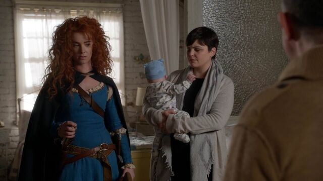 File:Once Upon a Time - 5x21 - Last Rites - Snow and Merida.jpg