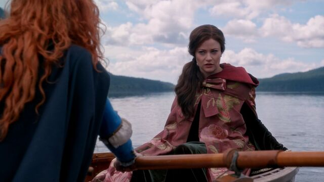 File:Once Upon a Time - 5x06 - The Bear and the Bow - Belle in Boat.jpg