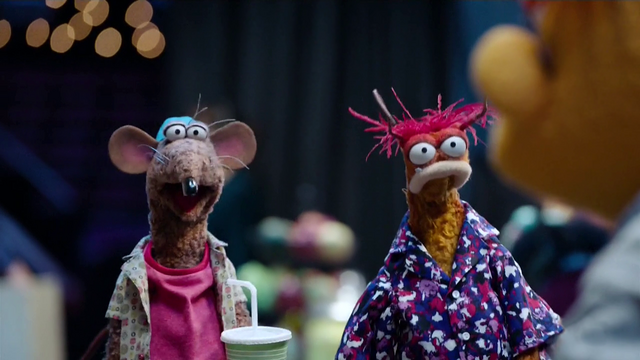 File:TheMuppets-S01E08-Rizzo&Pepe.png