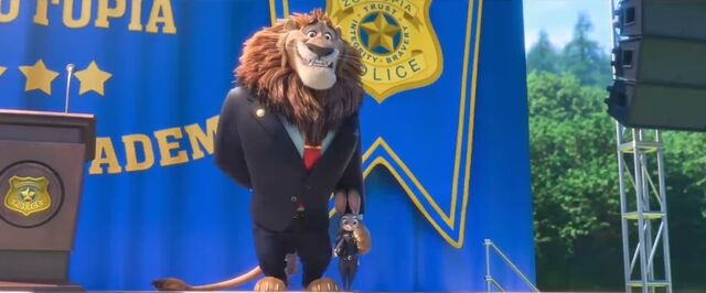 File:Zootopia Lionheart and Judy pose.jpg