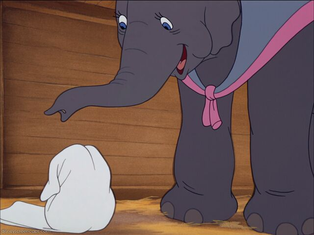 File:Dumbo-disneyscreencaps com-833.jpg