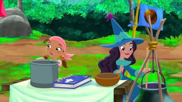 File:Izzy&Misty-The Never Land Coconut Cook Off.jpg