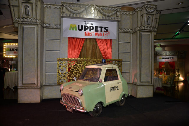 File:Muppets+Most+Wanted+Premiere (9).jpg