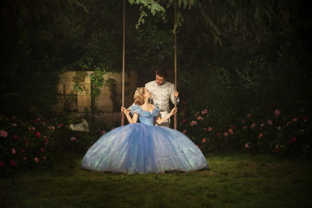 File:Cinderella 2015 56.jpg