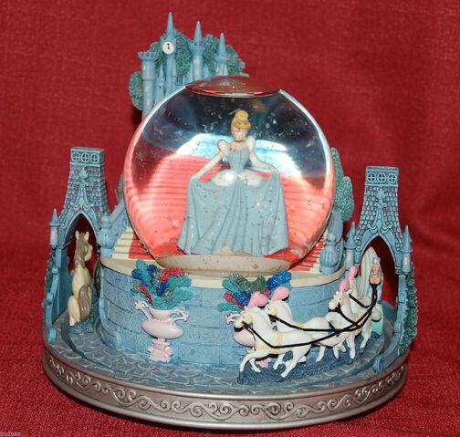 File:Disney Cinderella Snowglobe This is Love Musical Light Up Slipper Rare-2.jpg