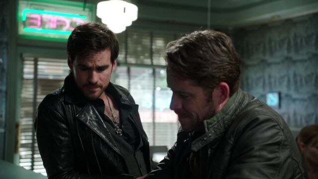 File:Once Upon a Time - 5x03 - Siege Perilous - Robin and Hook.jpg