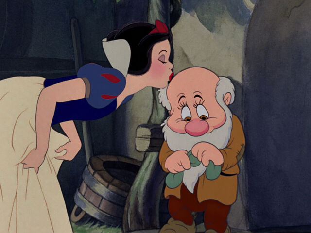 File:Snow-white-disneyscreencaps.com-7690.jpg