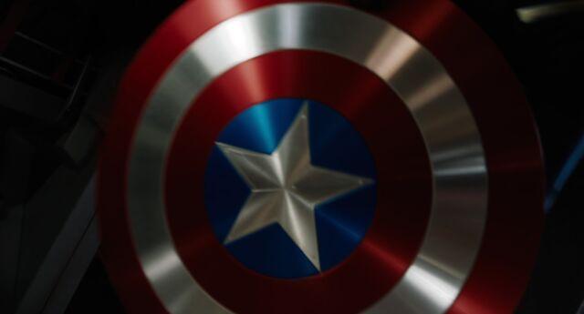 File:Captain-america-the-avengers-movie-shield-1679719-1920x1036.jpg