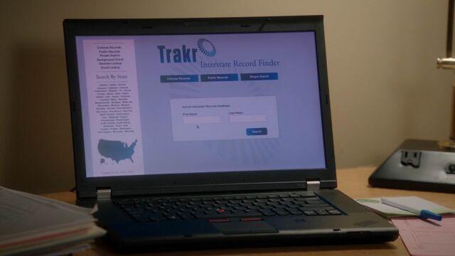File:Once Upon a Time - 5x20 - Firebird - Trakr Laptop.jpg