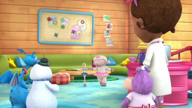 File:Doc-McStuffins-Season-1-Episode-14-Break-Dancer--Bubble-Monkey.jpg