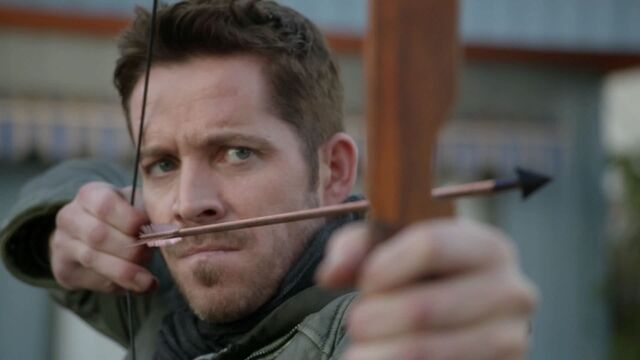 File:Once Upon a Time - 6x12 - Murder Most Foul - Robin with Arrow.jpg