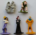 1993-Nesquick-Hunchback-of-Notre-Dame-figures1