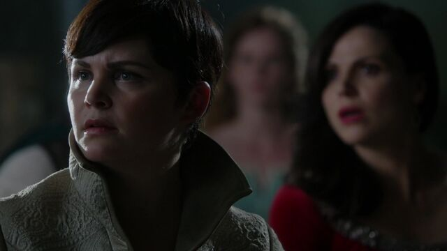File:Once Upon a Time - 5x01 - The Dark Swan - New Emma.jpg